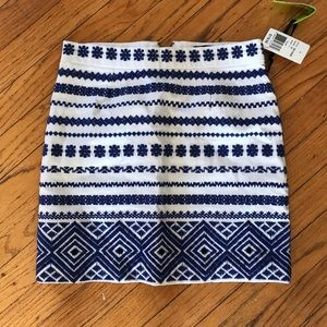 Sam Edelman blue & white embroidered skirt. Size 2